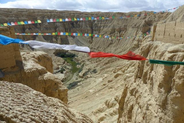 Tibet - Lhasa, Mt. Everest Basecamp, versunkene Königreiche und Kailash-Trekking