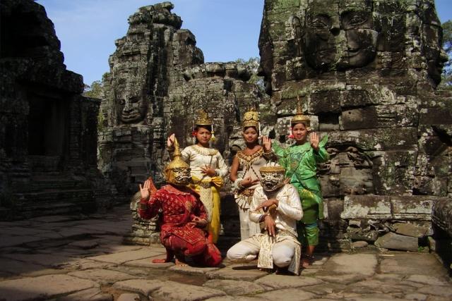Höhepunkte von Vietnam und Tempel von Angkor in Kambodscha