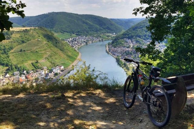 Deutschland - das Moseltal per Rad erleben