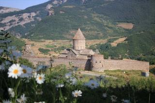 Wandern und Kultur in Armenien - unterwegs zwischen Ararat und Aragats